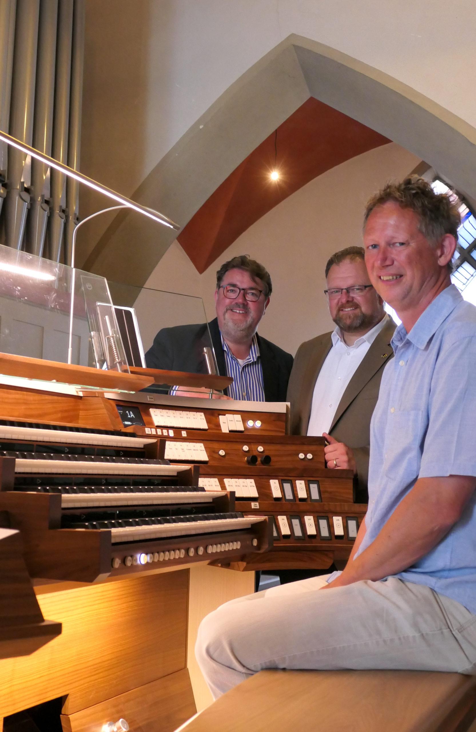 Die zweitgrößte Orgel des Bistums Aachen erstrahlt nun in neuem Glanz